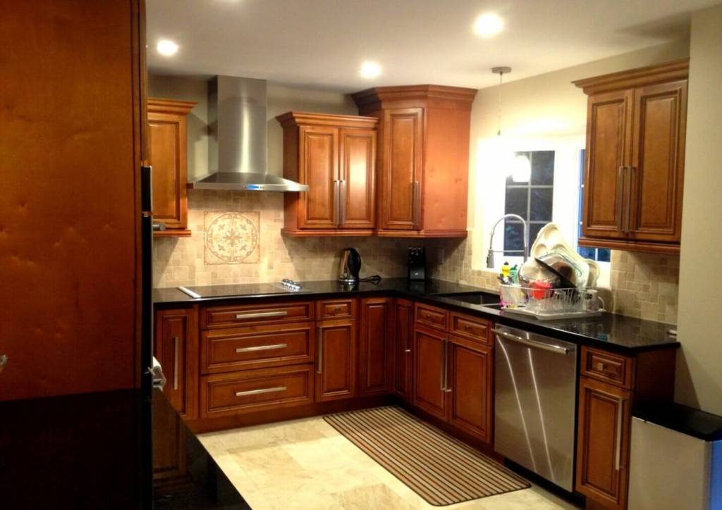 here are some points that will tell you about the specialty of walnut kitchen cabinets