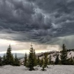 8 Basic tips to traveling in Thunderstorms to save yourself