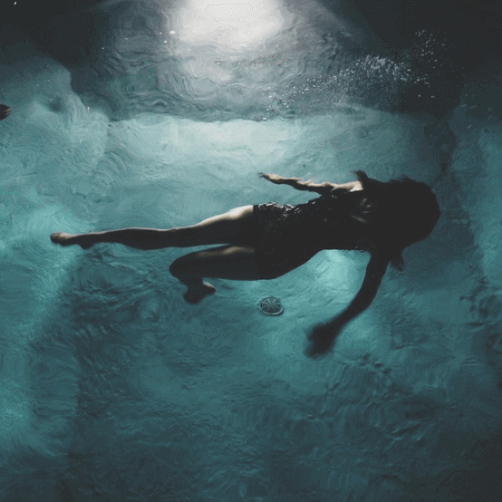 swimming at night may help you get fit and strong to have a better lifestyle