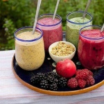 always make your weight loss smoothies at home using real fruits and vegetables