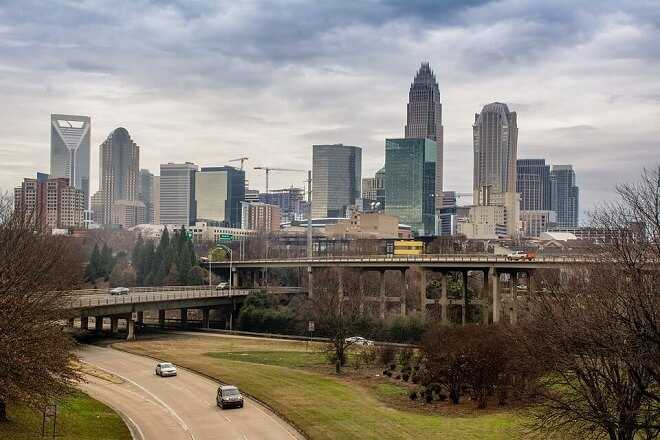 Moving in Charlotte doesn't have to be expensive nor difficult. But only if you know what you are doing