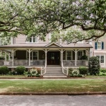 A house to consider when buying a plantation-style home in Tennessee.